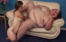Dwarf and BBW lesbians