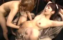 Japanese BDSM pissing and fisting session
